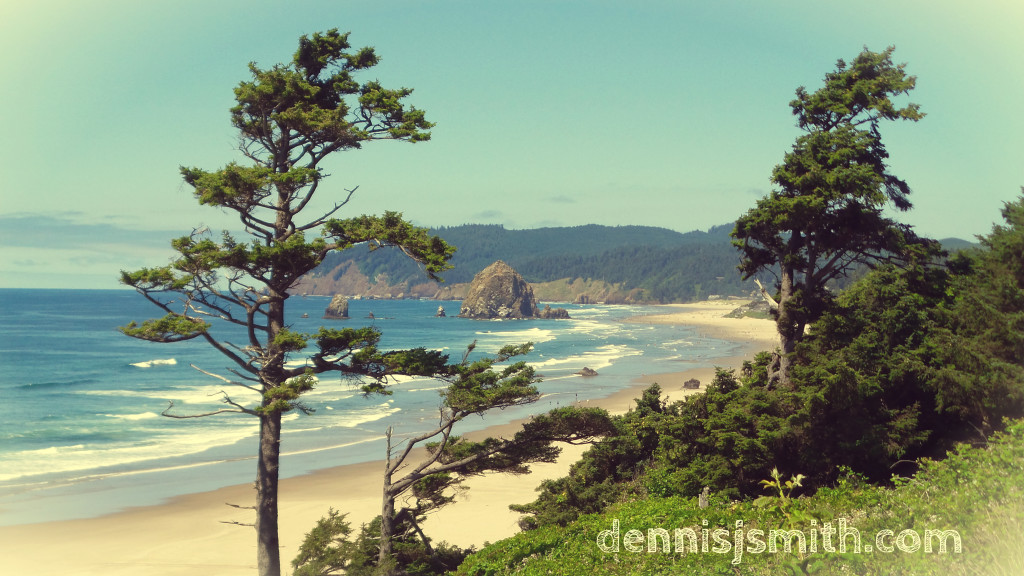 Oregon Coast near Cannon Beach - Click to view and download full size image.